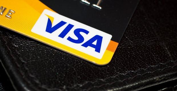 Assurances et Assistance Voyage… Que dit Visa ?
